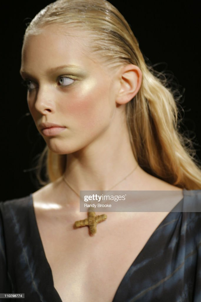 Olympus Fashion Week Spring 2007 - Donna Karan - Runway