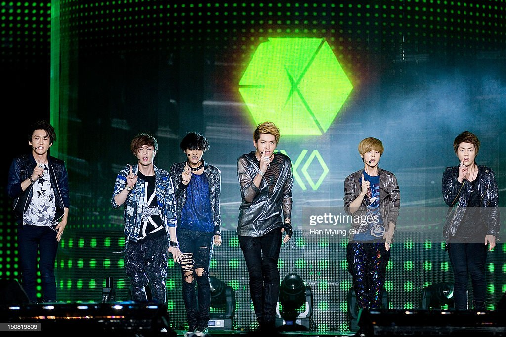 Tao, Chen, Luhan, Kris, Xiumin and Lay of boy band EXO-M perform onstage during the KBS Korea-China Music Festival on August 25, 2012 in Yeosu, South Korea.