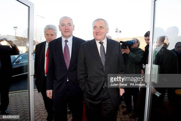Taoiseach Bertie Ahern with SDLP Leader Mark Durkan at the Carrickdale Hotel Dundalk CoLouth Northern Ireland and the Irish Republic's economy are...