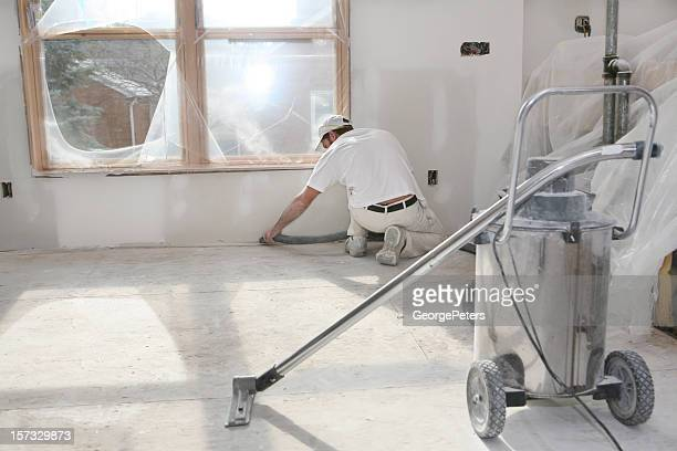 Dann Vacuuming Staub