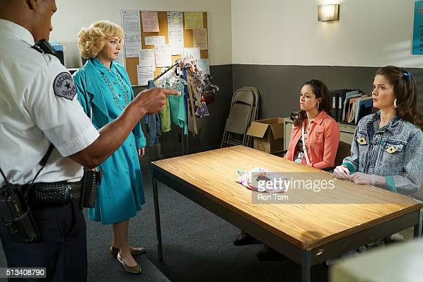 THE GOLDBERGS '12 Tapes for a Penny' Adam learns about a mailorder music club and sets up a scheme to get as many tapes as possible but Beverly...