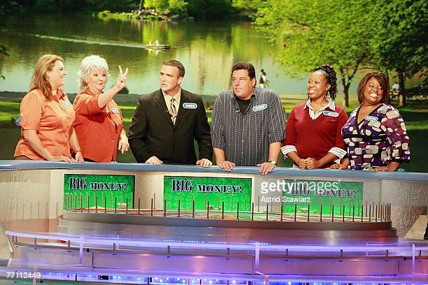 Tara Carroll Paula Deen James Thompson actor Steve Schirripa Joy Bryant and actress Sherri Shepherd guess at a puzzle during a taping of 'Wheel Of...