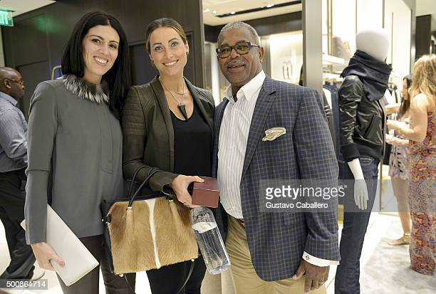 Tara Forman Nicole Fratarcangeli and Bill Diggs attend a benefit for The Honey Shine Inc hosted by Tracy Alonzo Mourning at BALLY Aventura on...