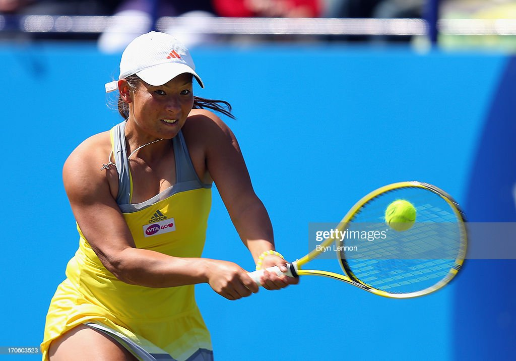 <a gi-track='captionPersonalityLinkClicked' href=/galleries/search?phrase=Tara+Moore&family=editorial&specificpeople=4385668 ng-click='$event.stopPropagation()'>Tara Moore</a> of Great Britain in action in her qualifying match against Anne Keothavong during day one of the Aegon International at Devonshire Park on June 15, 2013 in Eastbourne, England.
