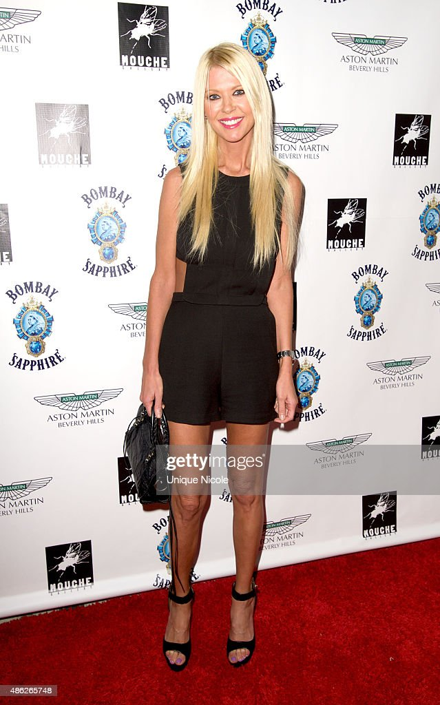 <a gi-track='captionPersonalityLinkClicked' href=/galleries/search?phrase=Tara+Reid&family=editorial&specificpeople=202160 ng-click='$event.stopPropagation()'>Tara Reid</a> arrives at the VIP opening reception for 'Dis-Ease' - an evening of fine art with Billy Morrison at Mouche Gallery on September 2, 2015 in Beverly Hills, California.