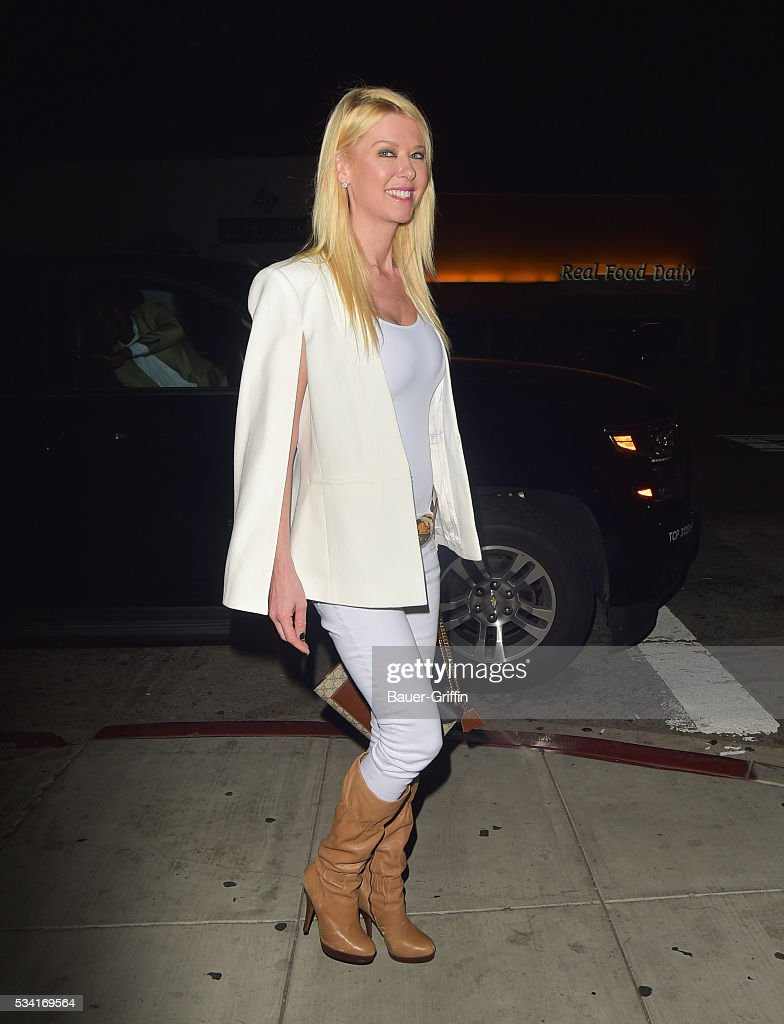<a gi-track='captionPersonalityLinkClicked' href=/galleries/search?phrase=Tara+Reid&family=editorial&specificpeople=202160 ng-click='$event.stopPropagation()'>Tara Reid</a> is seen on May 25, 2016 in Los Angeles, California.
