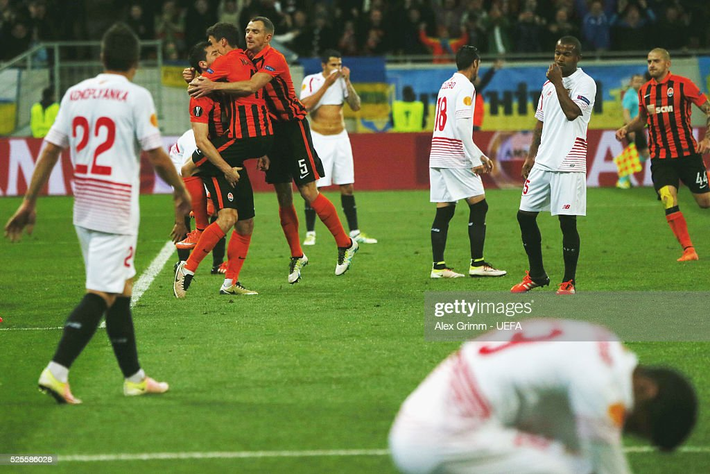 Taras Stepanenko of Shakhtar celebrates his team's second goal with team mates during the UEFA Europa League Semi Final first leg match between Shakhtar Donetsk and Sevilla at Arena Lviv on April 28, 2016 in Lviv, Ukraine.