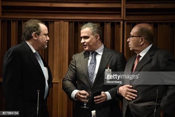 TarekWilliam Saab Venezuela's chief prosecutor center speaks with Ombudsman Alfredo Ruiz left and Comptroller General Manuel Galindo following a...