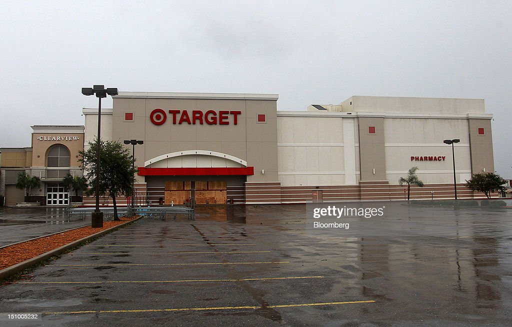 A Target Corp. store remains closed at the Clearview Mall as power remained out in much of southeast Louisiana following Hurricane Isaac in Metairie, Louisiana, U.S., on Thursday, Aug. 30, 2012. Heavy rain and flooding spread inland from Tropical Storm Isaac as rising water forced evacuations in coastal areas of southeast Louisiana. Photographer: Derick E. Hingle/Bloomberg via Getty Images
