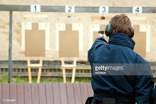 Target üben mit Pistole