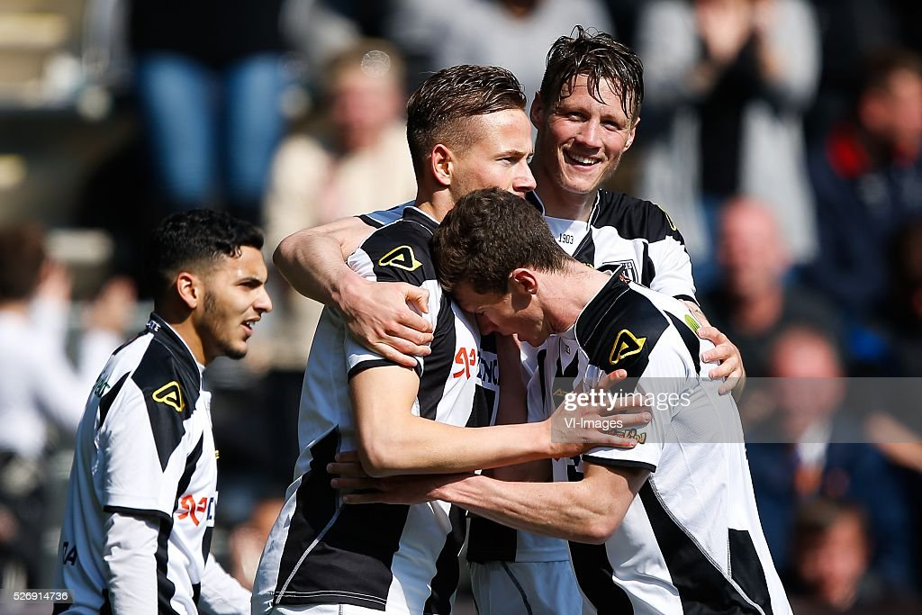 Tarik Kada of Heracles Almelo, Paul Gladon of Heracles Almelo, Wout Weghorst of Heracles Almelo, Robin Gosens of Heracles Almelo during the Dutch Eredivisie match between Heracles Almelo and ADO Den Haag at Polman stadium on May 01, 2016 in Almelo, The Netherlands