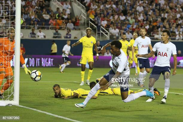 Tashan OakleyBoothe of Tottenham Hotspurs misses a shot on goal during the International Champions Cup 2017 match between Paris SaintGermain and...