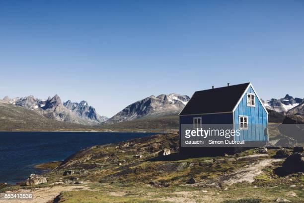 Tasiusaq blue house - Tasermiut fjord