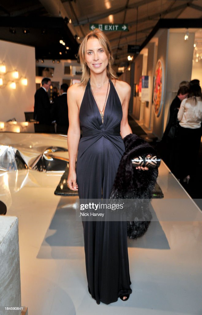 Tatiana d'Abo attends the collectors preview for PAD London at Berkeley Square Gardens on October 14, 2013 in London, England.