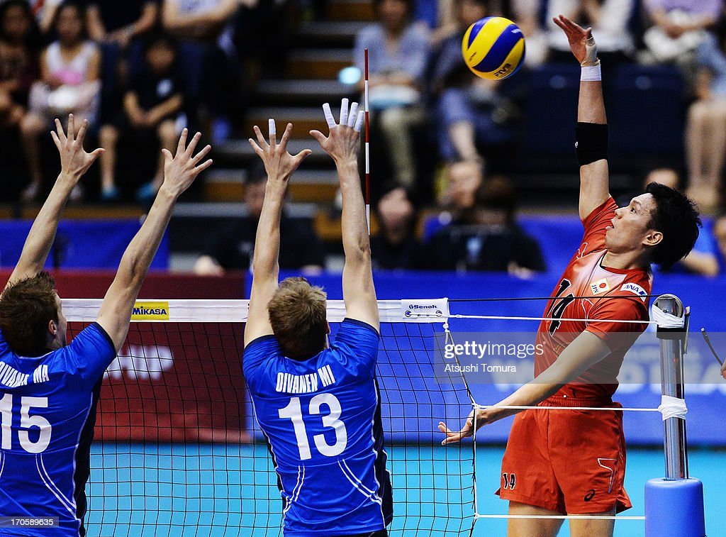 <a gi-track='captionPersonalityLinkClicked' href=/galleries/search?phrase=Tatsuya+Fukuzawa&family=editorial&specificpeople=2334963 ng-click='$event.stopPropagation()'>Tatsuya Fukuzawa</a> of Japan in action during the FIVB World League Pool C match between Japan and Finland at Park Arena Komaki on June 15, 2013 in Komaki, Japan.
