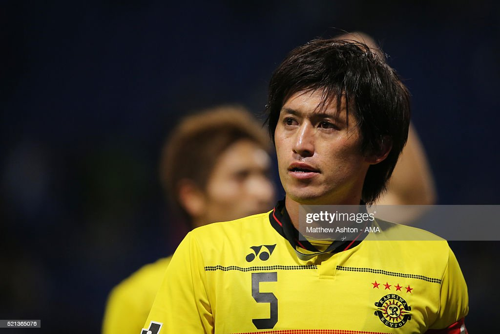 <a gi-track='captionPersonalityLinkClicked' href=/galleries/search?phrase=Tatsuya+Masushima&family=editorial&specificpeople=2300918 ng-click='$event.stopPropagation()'>Tatsuya Masushima</a> of Kashiwa Reysol during the J.League match between Gamba Osaka and Kashiwa Reysol at the Suita City Football Stadium on April 15, 2016 in Suita, Osaka, Japan.