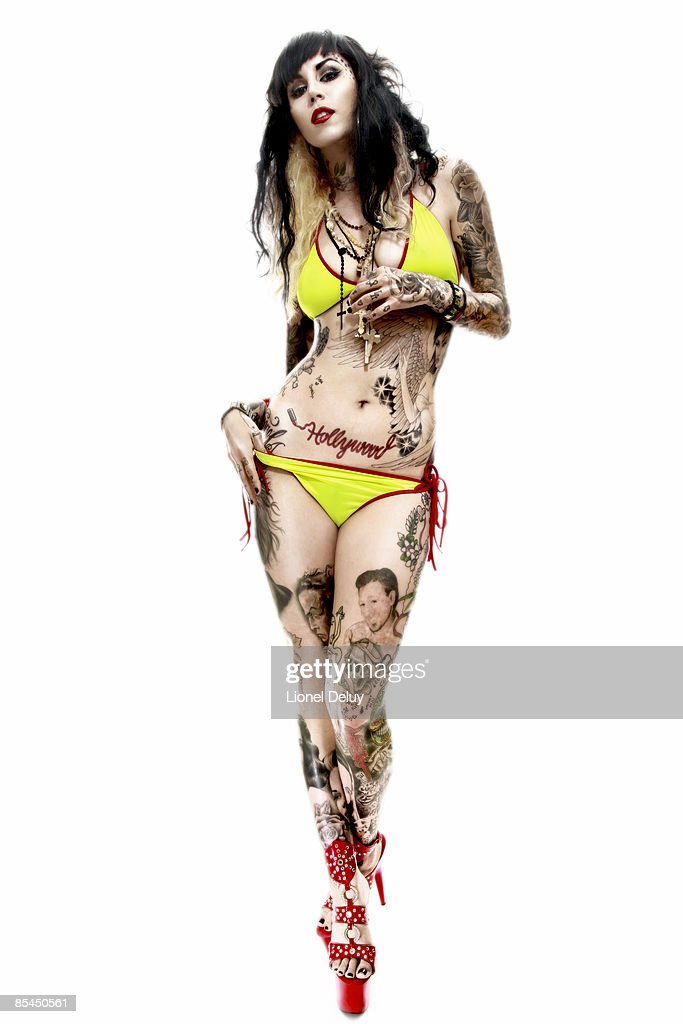 who is kat the tattoo artist dating