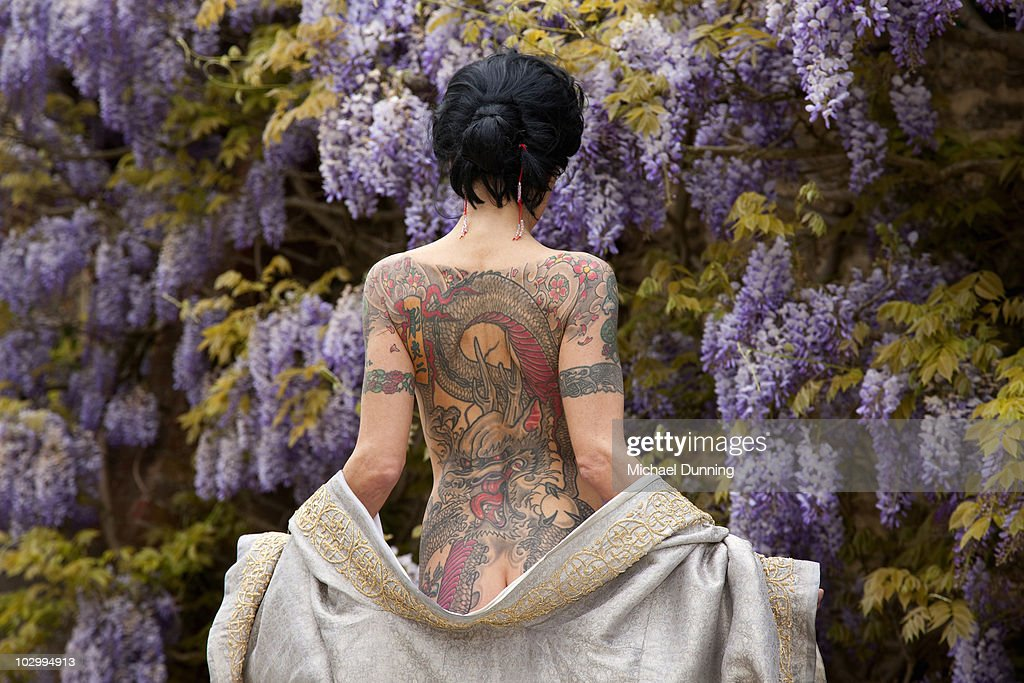 Tattoo lady : Stock Photo