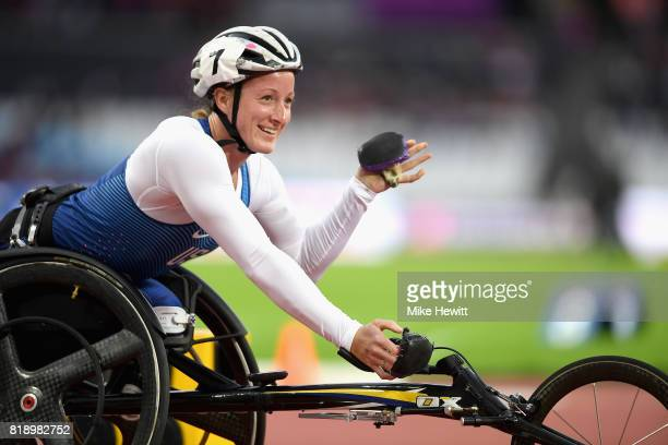 Tatyana McFadden of the United States celebrates winning a gold medal in the Women's 800m T54 Final during Day Six of the IPC World ParaAthletics...