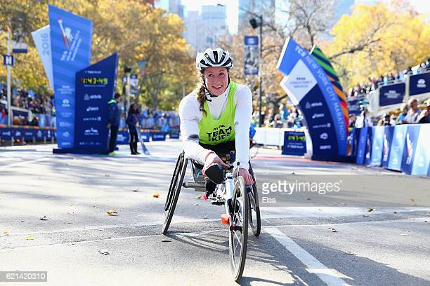 Tatyana McFadden of the United States celebrates winning the Pro Women's Wheelchair during the 2016 TCS New York City Marathon in Central Park on...