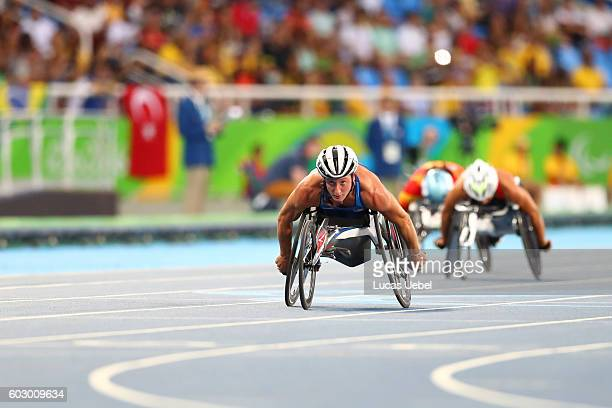 Tatyana McFadden of the United States wins the women's 400 meter T54 final at Olympic Stadium during day 4 of the Rio 2016 Paralympic Games on...