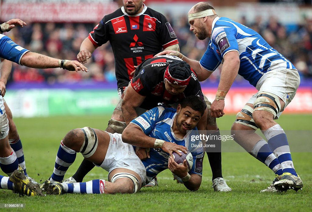 Newport Gwent United Kingdom  City pictures : Taulupe Faletau of Newport Gwent Dragons is held by Sione Kalamafoni ...