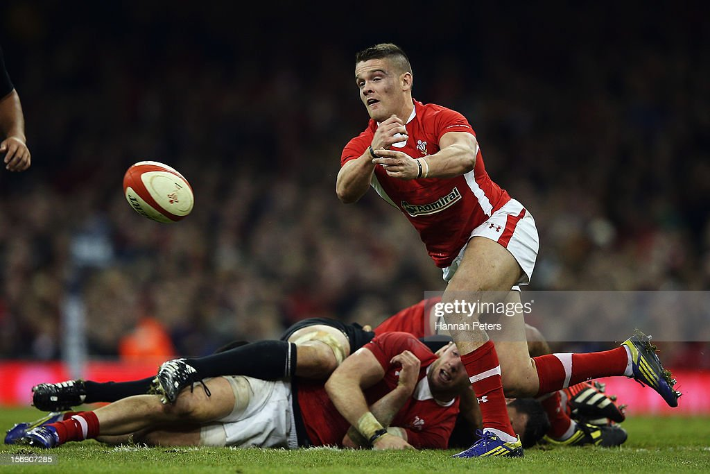 Tavis Knoyle of Wales passes the ball out during the international match between Wales and New Zealand at Millennium Stadium on November 24, 2012 in Cardiff, Wales.