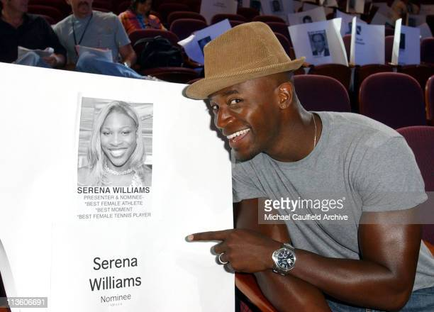 Taye Diggs jokes with a cardboard cutout of nominee Serena Williams during rehearsals