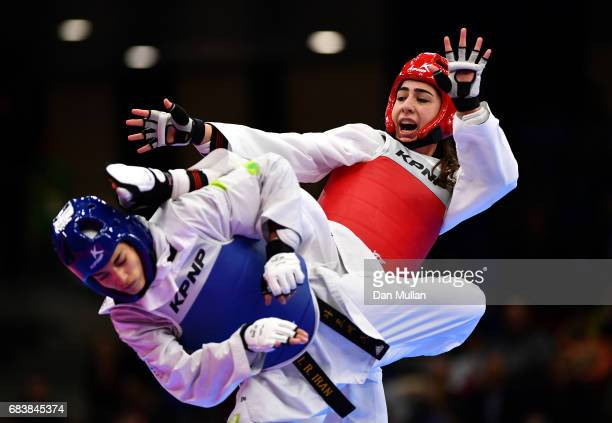 Tayebeh Parsa of Iran competes against Yaprak Eris of Azerbaijan in the Womens Taekwondo 57kg Semi Final during day five of Baku 2017 4th Islamic...
