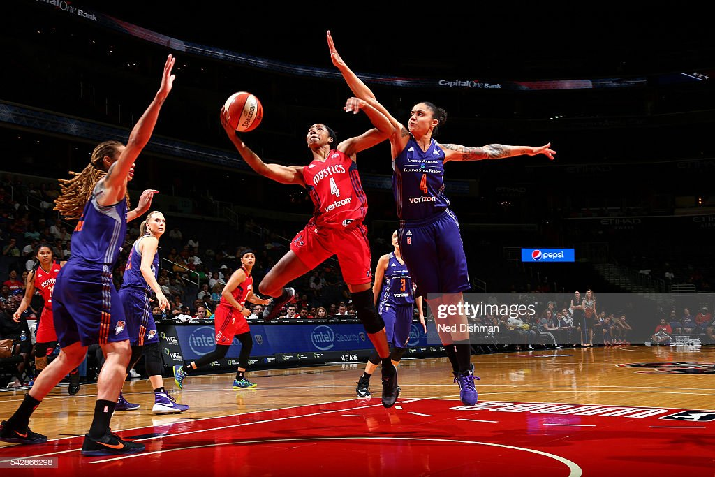 <a gi-track='captionPersonalityLinkClicked' href=/galleries/search?phrase=Tayler+Hill&family=editorial&specificpeople=5791962 ng-click='$event.stopPropagation()'>Tayler Hill</a> #4 of the Washington Mystics goes for a lay up during the game against the Phoenix Mercury during a WNBA game on June 24, 2016 at Verizon Center in Washington, DC.