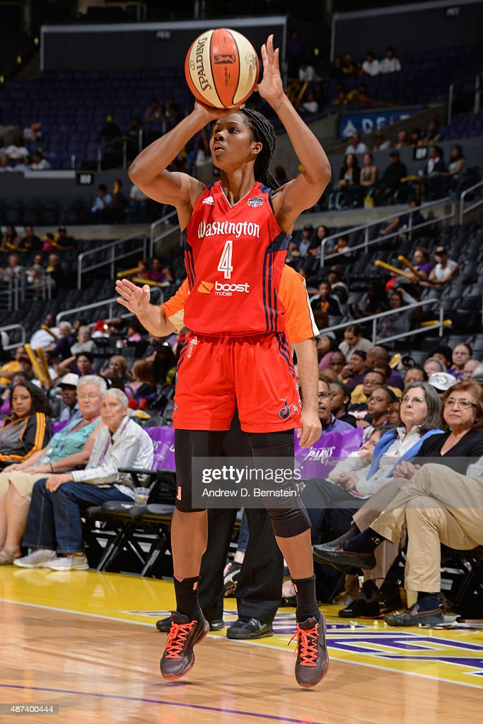 <a gi-track='captionPersonalityLinkClicked' href=/galleries/search?phrase=Tayler+Hill&family=editorial&specificpeople=5791962 ng-click='$event.stopPropagation()'>Tayler Hill</a> #4 of the Washington Mystics shoots the ball against the Los Angeles Sparks at STAPLES Center on September 03, 2015 in Los Angeles, California.