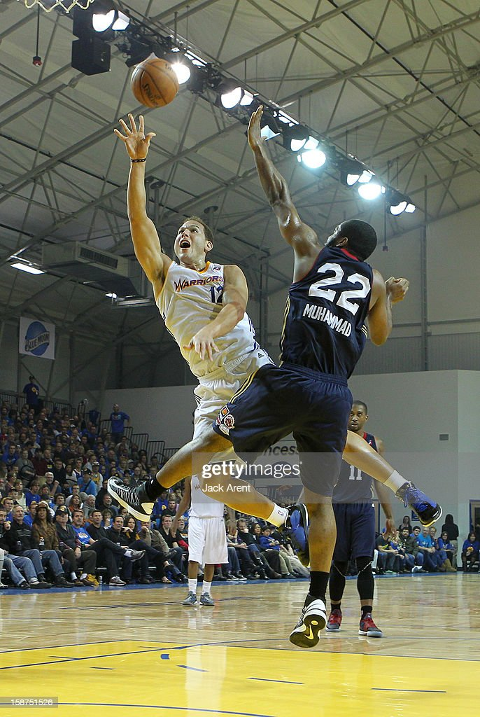 <a gi-track='captionPersonalityLinkClicked' href=/galleries/search?phrase=Taylor+Griffin&family=editorial&specificpeople=4185737 ng-click='$event.stopPropagation()'>Taylor Griffin</a> #12 of the Santa Cruz Warriors shoots the ball against the Bakersfield Jam on December 23, 2012 at Kaiser Permanente Arena in Santa Cruz, California.