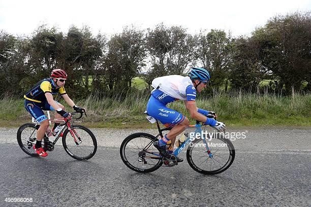Taylor Gunman of Auckland and Brad Evans of Dunedin out front of the chasing group as they make their way towards Gore during stage five of the Tour...