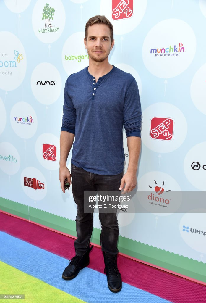 Taylor Handley at Step 2 Presents 6th Annual Celebrity Red CARpet Safety Awareness Event on September 23, 2017 in Culver City, California.