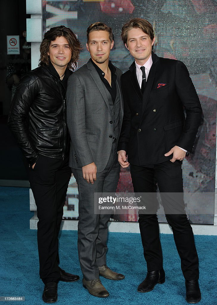 <a gi-track='captionPersonalityLinkClicked' href=/galleries/search?phrase=Taylor+Hanson&family=editorial&specificpeople=210666 ng-click='$event.stopPropagation()'>Taylor Hanson</a>, <a gi-track='captionPersonalityLinkClicked' href=/galleries/search?phrase=Isaac+Hanson&family=editorial&specificpeople=213257 ng-click='$event.stopPropagation()'>Isaac Hanson</a> and <a gi-track='captionPersonalityLinkClicked' href=/galleries/search?phrase=Zac+Hanson+-+Musician&family=editorial&specificpeople=206818 ng-click='$event.stopPropagation()'>Zac Hanson</a> attend the European Premiere of 'Pacific Rim' at BFI IMAX on July 4, 2013 in London, England.