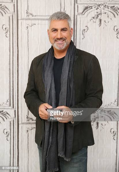 Taylor Hicks visits the Build Series at AOL HQ on October 20 2016 in New York City