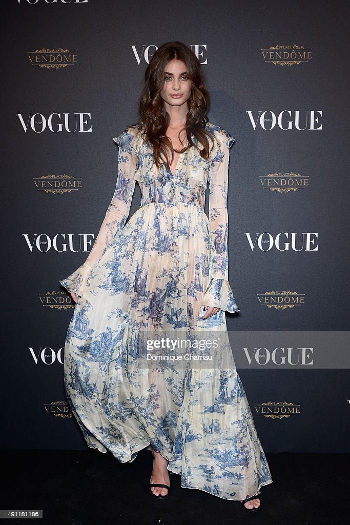 Vogue 95th Anniversary Party : Photocall - Paris Fashion Week Womenswear Spring/Summer 2016