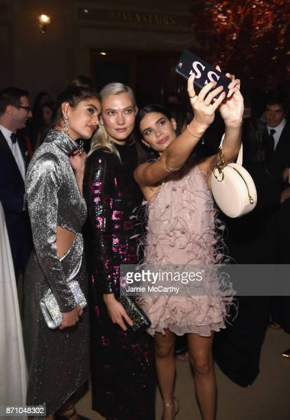 Taylor Hill Karlie Kloss and Sara Sampaio attend the 14th Annual CFDA/Vogue Fashion Fund Awards at Weylin B Seymour's on November 6 2017 in the...