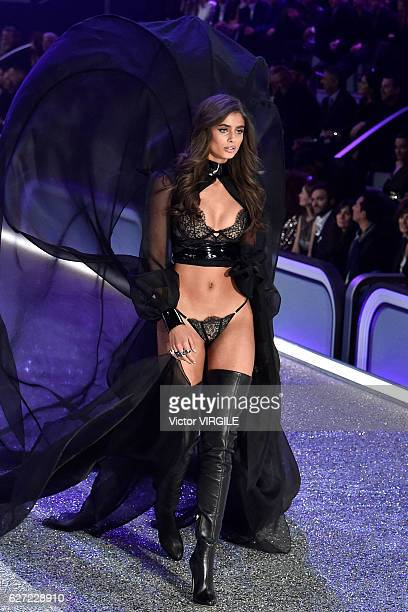 Taylor Hill walks the runway during the 2016 Victoria's Secret Fashion Show on November 30 2016 in Paris France