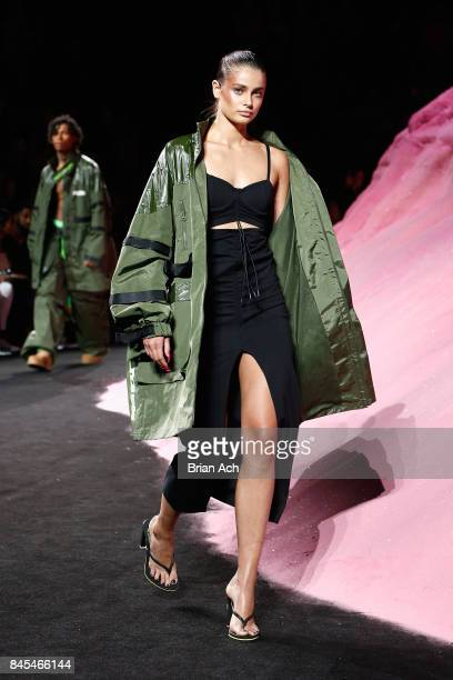 Taylor Hill walks the runway wearing Look 38 at the FENTY PUMA by Rihanna Spring/Summer 2018 Collection at Park Avenue Armory on September 10 2017 in...