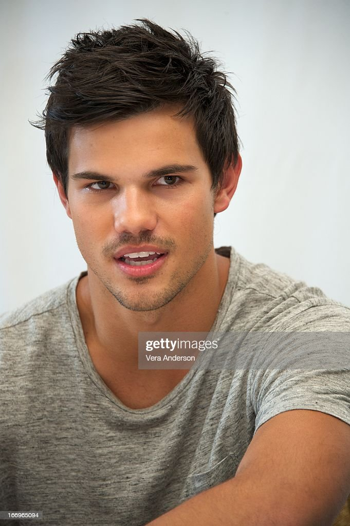 <a gi-track='captionPersonalityLinkClicked' href=/galleries/search?phrase=Taylor+Lautner&family=editorial&specificpeople=228959 ng-click='$event.stopPropagation()'>Taylor Lautner</a> at the 'Grown Ups 2' Press Junket on April 18, 2013 in Cancun, Mexico.