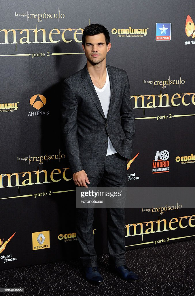 Taylor Lautner attends the premiere of 'The Twilight Saga: Breaking Dawn - Part 2' (La Saga Crepusculo: Amanecer- Parte 2) at kinepolis Cinema on November 15, 2012 in Madrid, Spain.