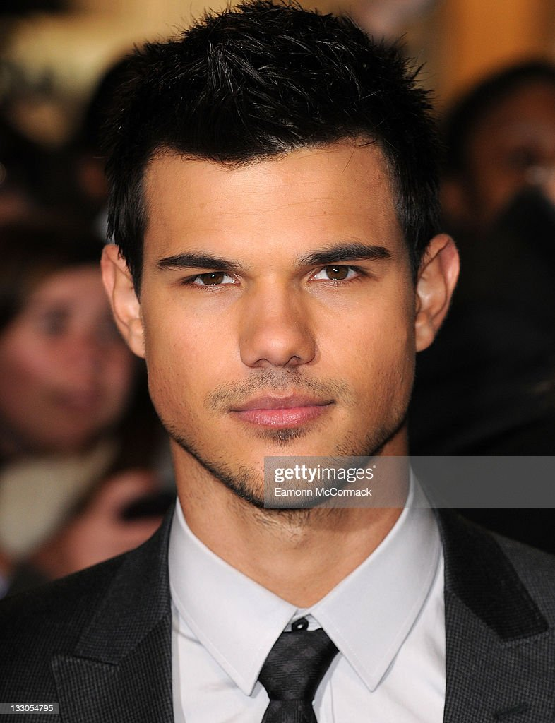 Taylor Lautner attends the UK premiere of The Twilight Saga: Breaking Dawn Part 1 at Westfield Stratford City on November 16, 2011 in London, England.