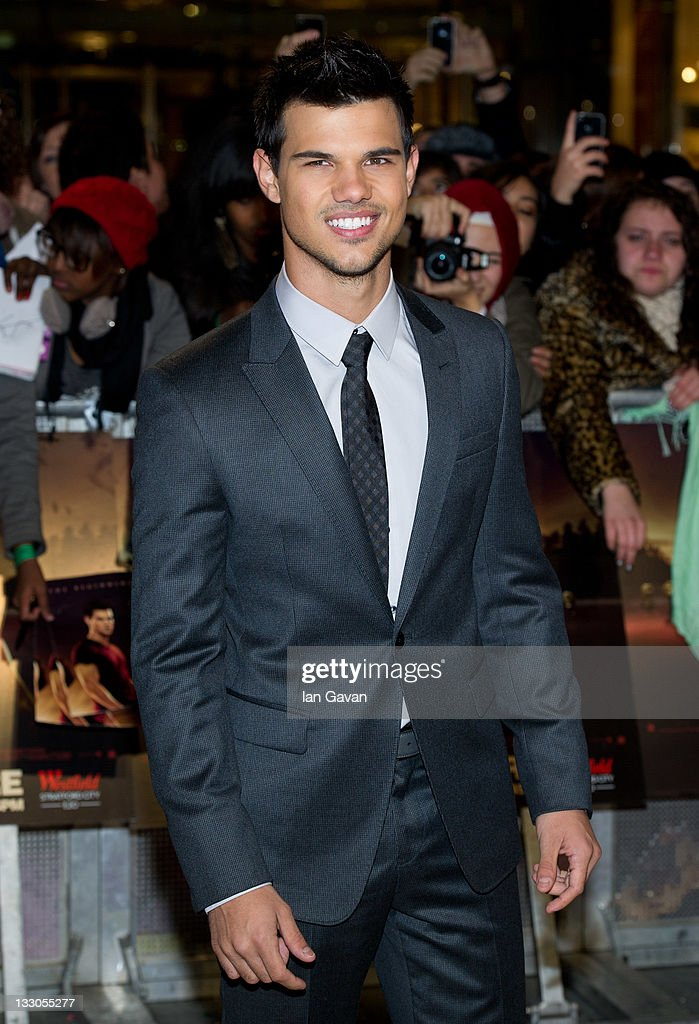 <a gi-track='captionPersonalityLinkClicked' href=/galleries/search?phrase=Taylor+Lautner&family=editorial&specificpeople=228959 ng-click='$event.stopPropagation()'>Taylor Lautner</a> attends the UK premiere of The Twilight Saga: Breaking Dawn Part 1 at Westfield Stratford City on November 16, 2011 in London, England.