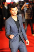 Taylor Lautner attends the UK Premiere of 'The Twilight Saga Breaking Dawn Part 2' at Odeon Leicester Square on November 14 2012 in London England