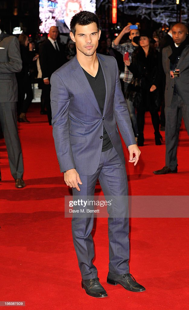 Taylor Lautner attends the UK Premiere of 'The Twilight Saga: Breaking Dawn Part 2' at Odeon Leicester Square on November 14, 2012 in London, England.