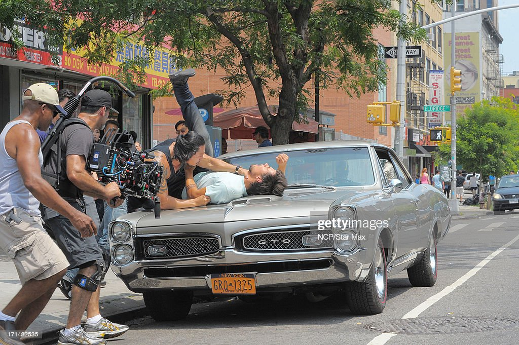 <a gi-track='captionPersonalityLinkClicked' href=/galleries/search?phrase=Taylor+Lautner&family=editorial&specificpeople=228959 ng-click='$event.stopPropagation()'>Taylor Lautner</a> is seen filming on June 24, 2013 in New York City.