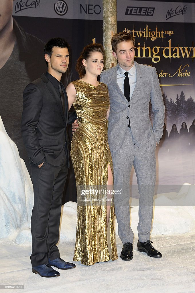 Taylor Lautner, Kristen Stewart and Robert Pattinson attend the 'Twilight Saga: Breaking Dawn Part 2' Germany Premiere at CineStar on November 16, 2012 in Berlin, Germany.