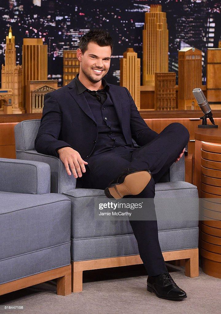 "Taylor Lautner Visit's ""The Tonight Show Starring Jimmy Fallon"""