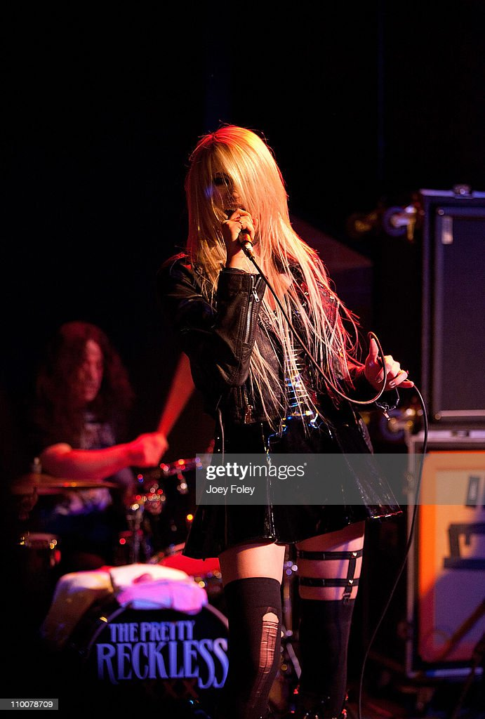 The Pretty Reckless In... Taylor Momsen Live